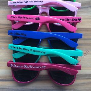 custom-sunglasses-bridesmaid-sunglasses-hens-party-bachelorette-party-gifts