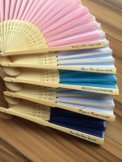 personalized-folding-fans-bulk-wedding-favors-bridal-decoration