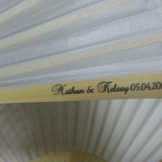 white-foldable-fans-customized-wedding-invitation-gifts-table-decoration-photo-shooting-kit